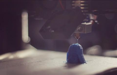 Creator Bot 3D printing Vader head.
