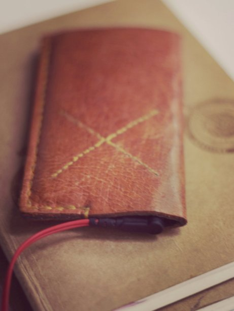 iTouch Leather & Felt Cover