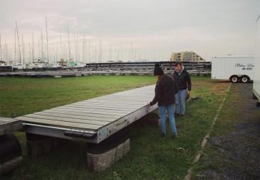 Maria and Deborah measuring the pontoon