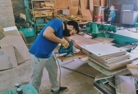 Kamal cutting slots
